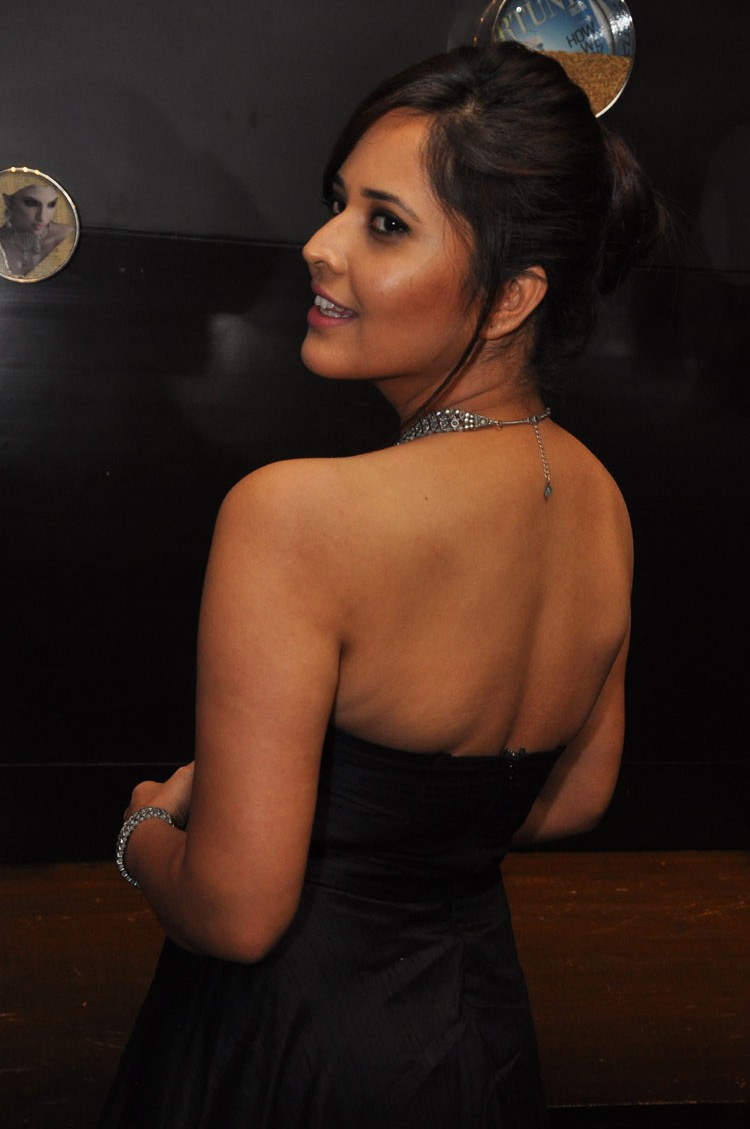 actress anasuya hot stills at winner movie pre release event southcolors 11