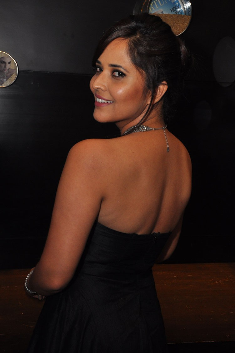 actress anasuya hot stills at winner movie pre release event southcolors 12