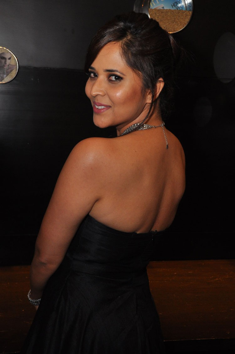 actress anasuya hot stills at winner movie pre release event southcolors 13
