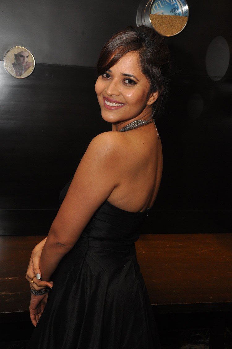 actress anasuya hot stills at winner movie pre release event southcolors 19