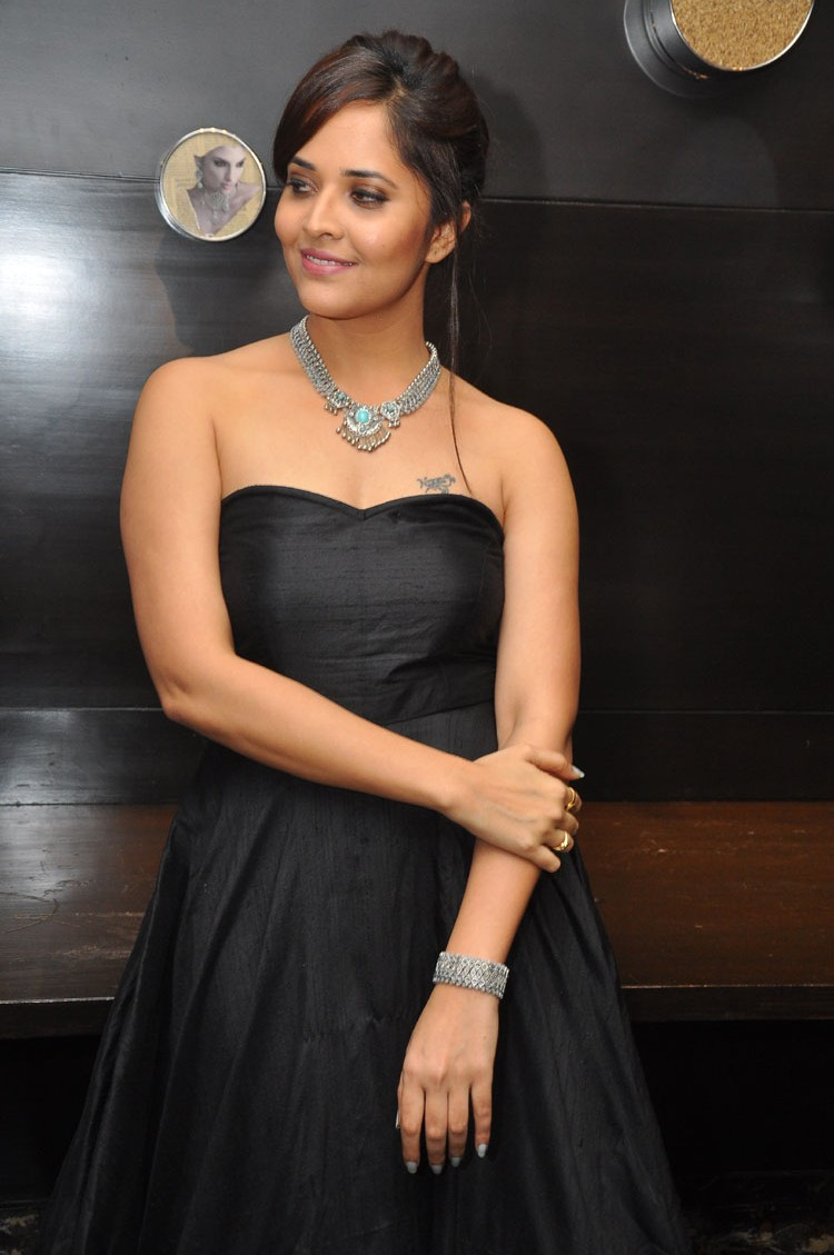 actress anasuya hot stills at winner movie pre release event southcolors 28