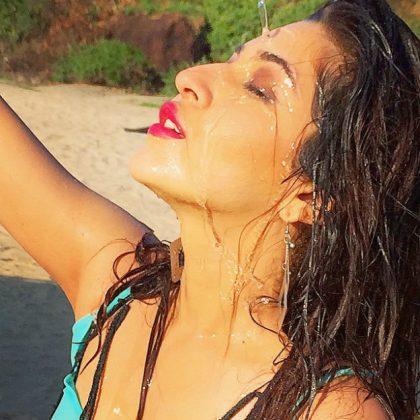 actress sonarika bhadoria hot latest photoshoot 11