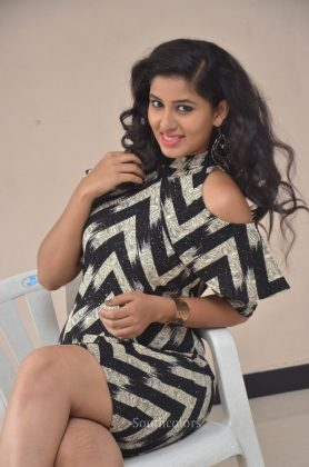 Actress pavani reddy hot stills southcolors 12