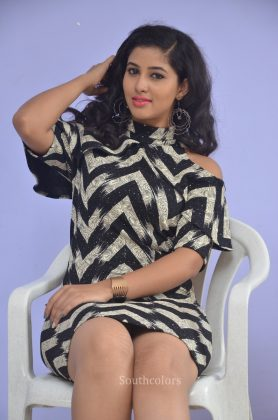 Actress pavani reddy hot stills southcolors 13