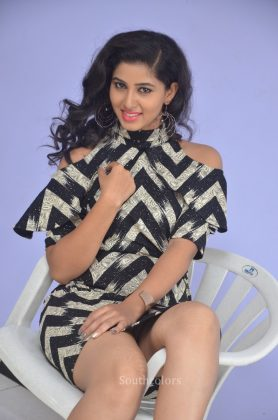 Actress pavani reddy hot stills southcolors 17