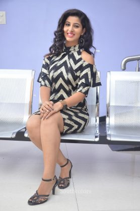 Actress pavani reddy hot stills southcolors 23