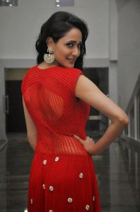 actress pragya jaiswal hot backless photos southcolors 5