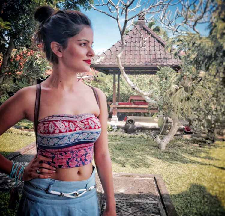actress rubina dilaik hot photos southcolors 2