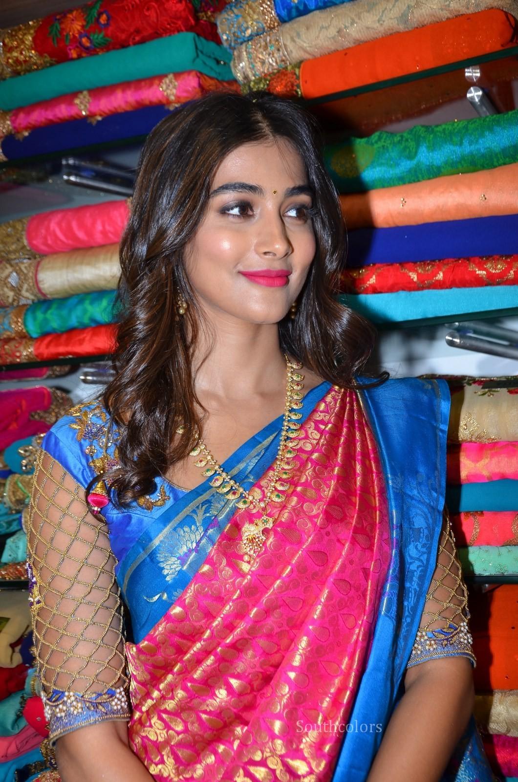 pooja hegde traditional saree photos southcolors 10