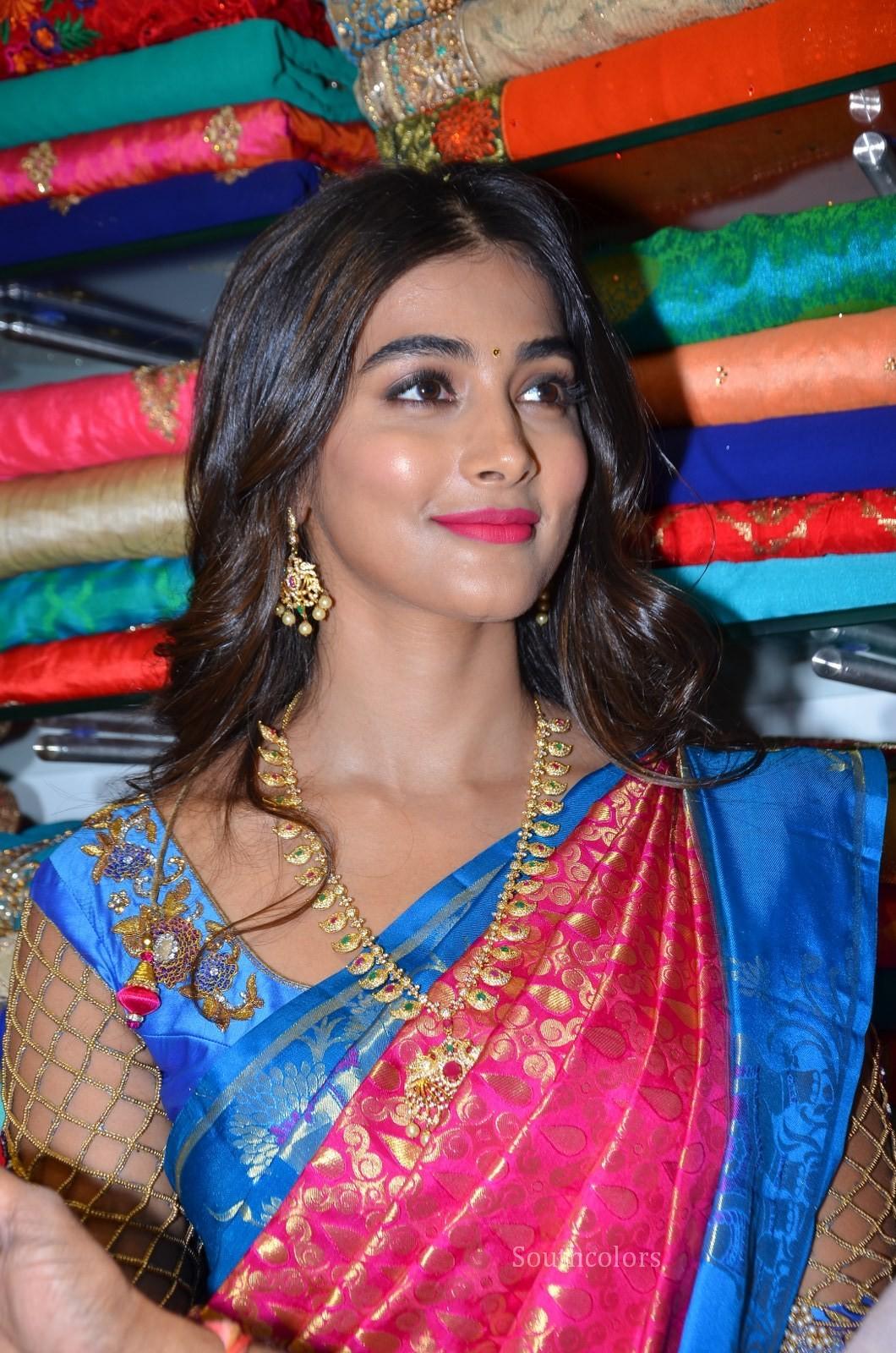 pooja hegde traditional saree photos southcolors 11