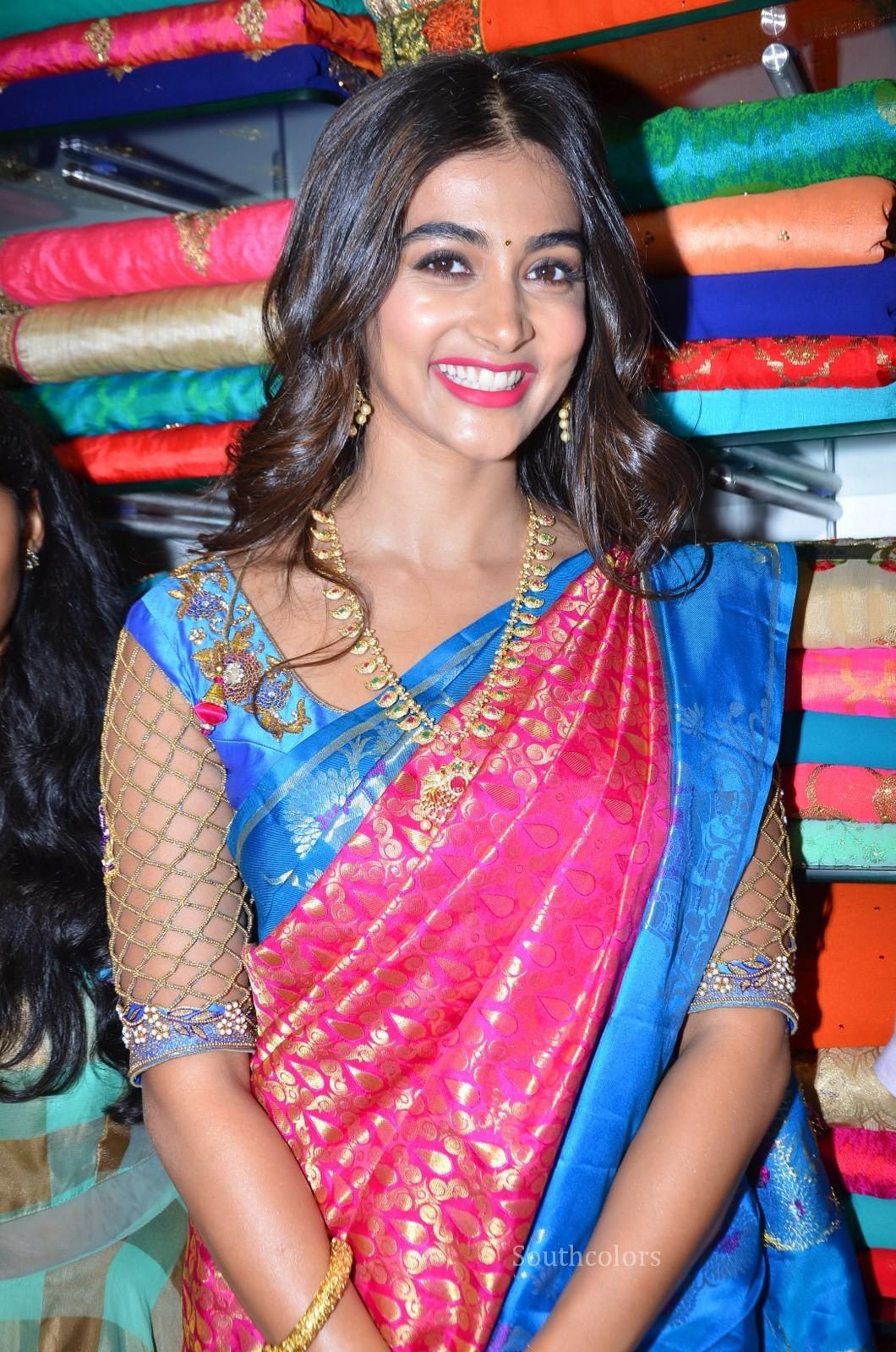 pooja hegde traditional saree photos southcolors 13