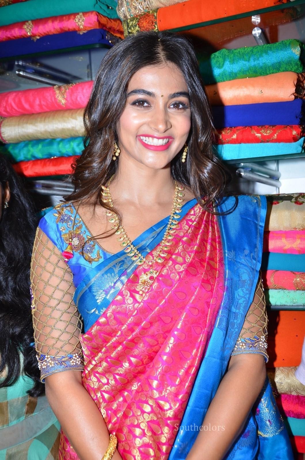 pooja hegde traditional saree photos southcolors 14
