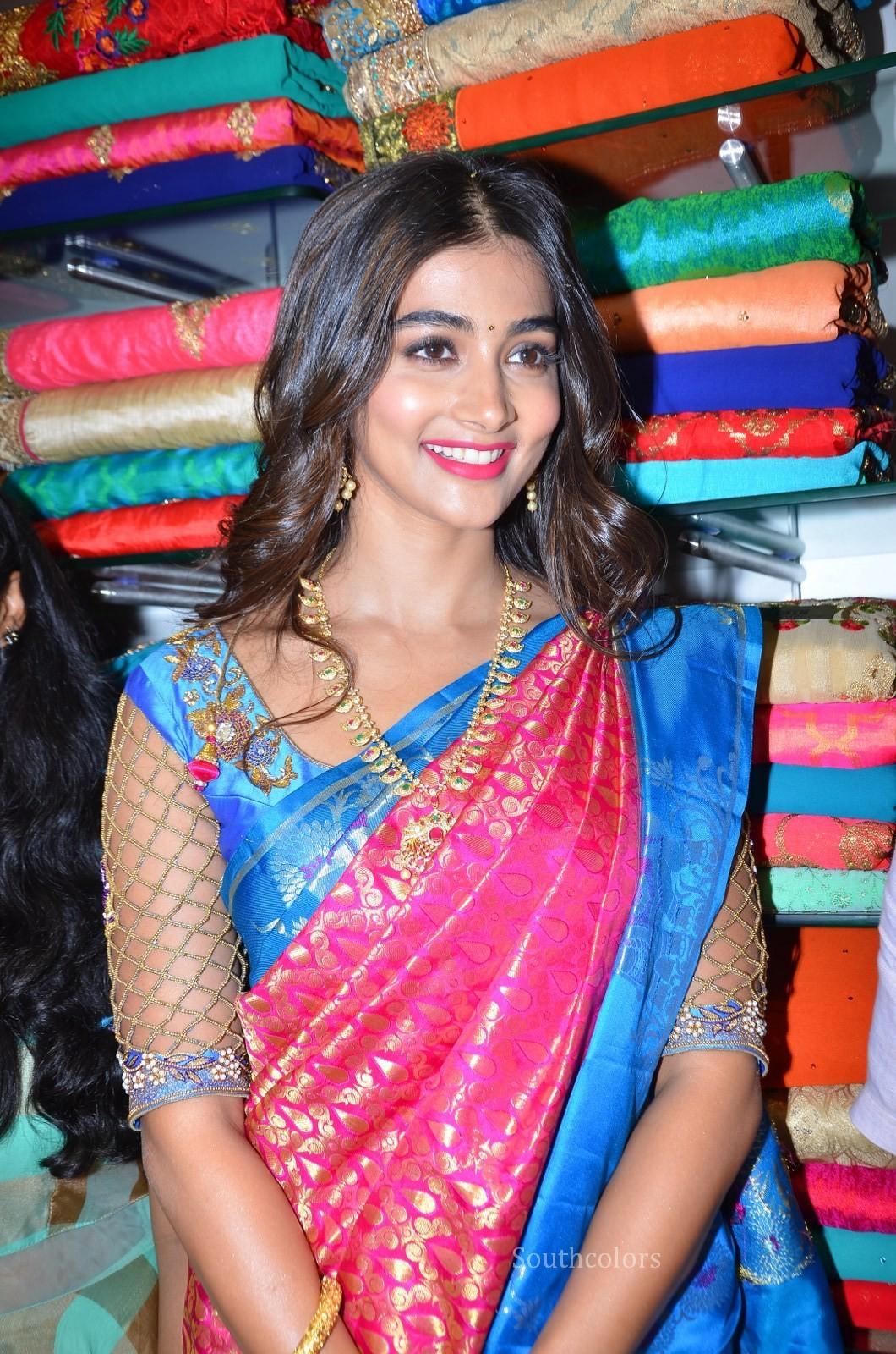 pooja hegde traditional saree photos southcolors 15