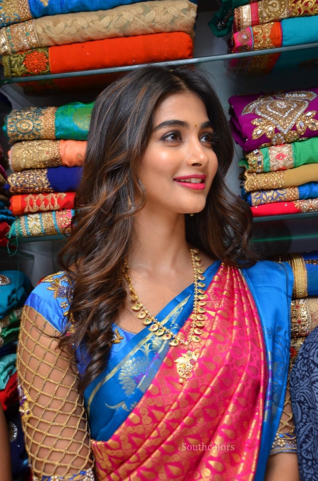 pooja hegde traditional saree photos southcolors 16