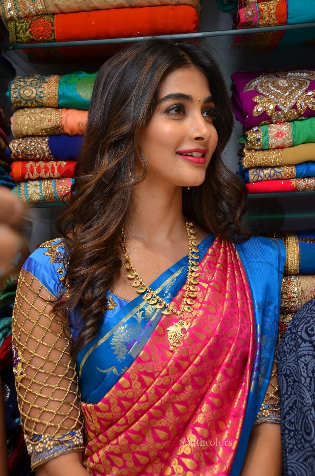 pooja hegde traditional saree photos southcolors 17