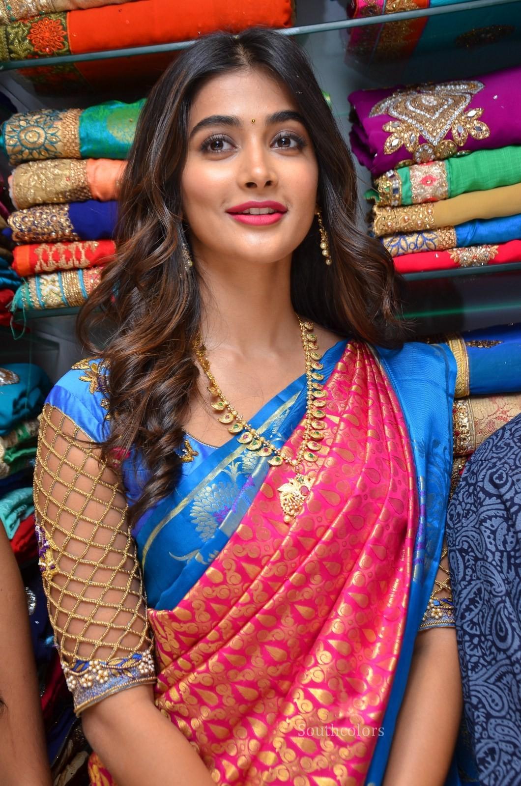 pooja hegde traditional saree photos southcolors 18