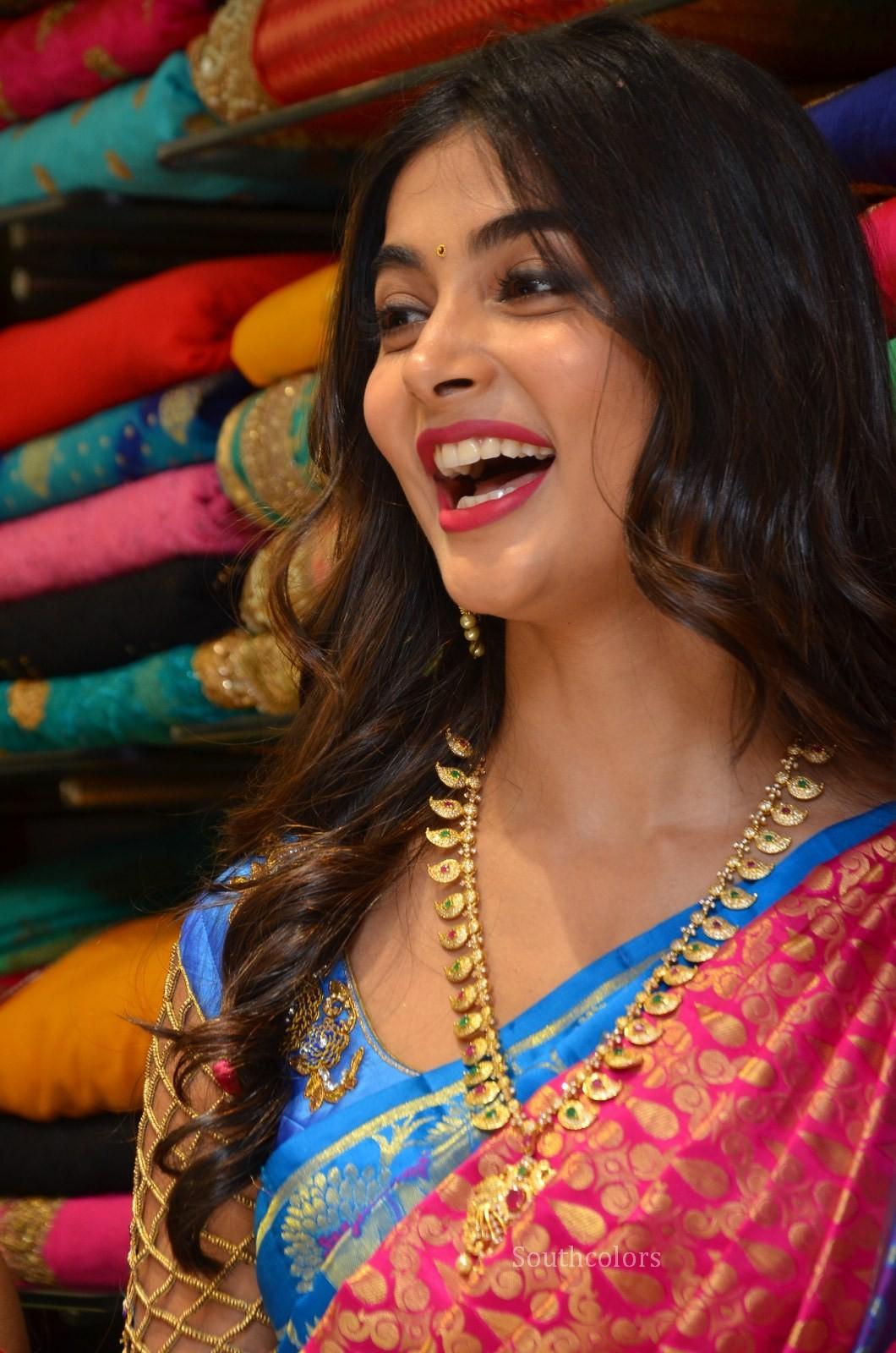 pooja hegde traditional saree photos southcolors 21
