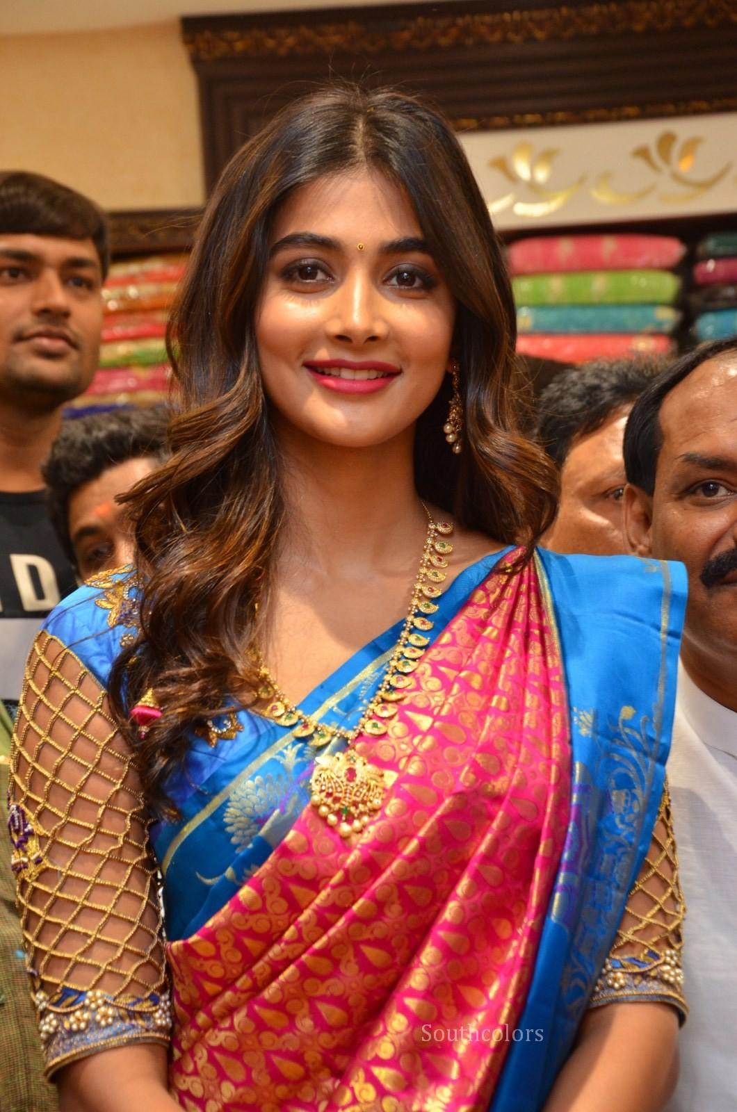 pooja hegde traditional saree photos southcolors 28