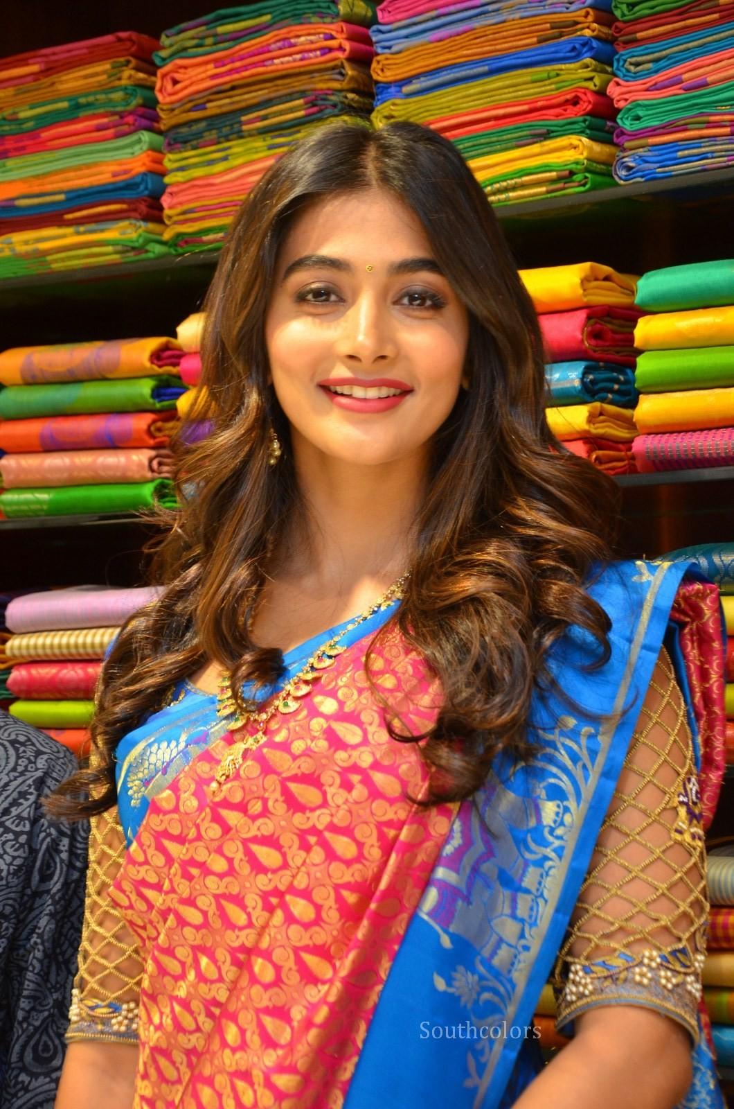 pooja hegde traditional saree photos southcolors 32