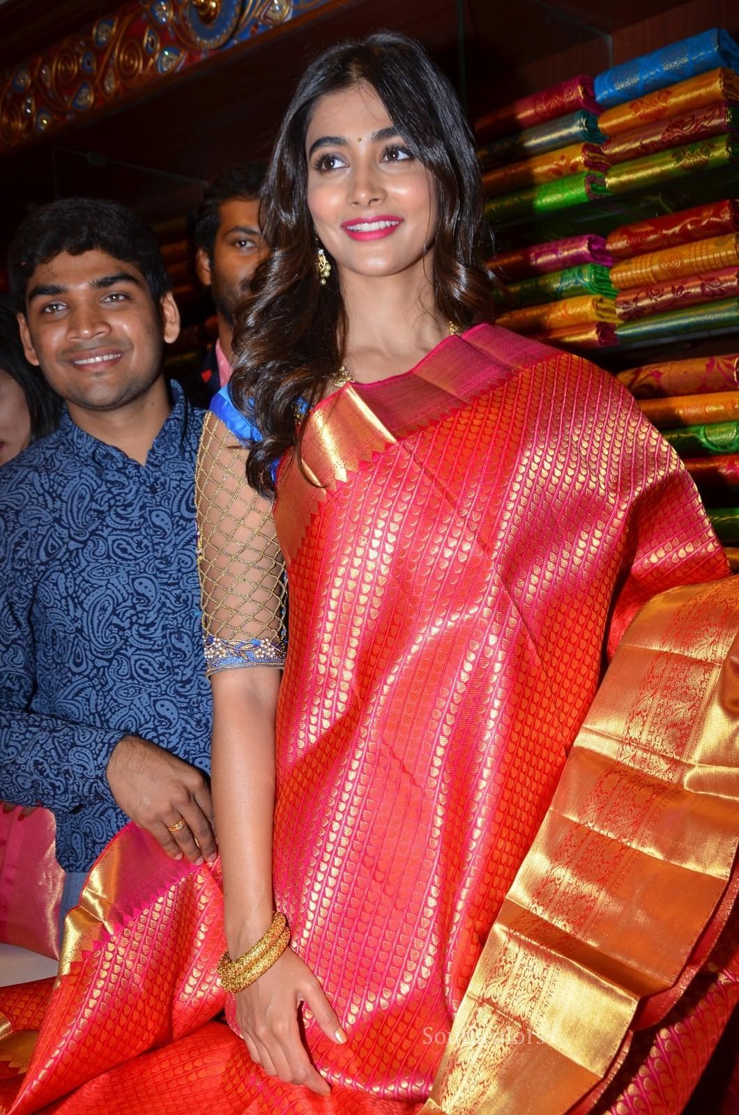 pooja hegde traditional saree photos southcolors 37