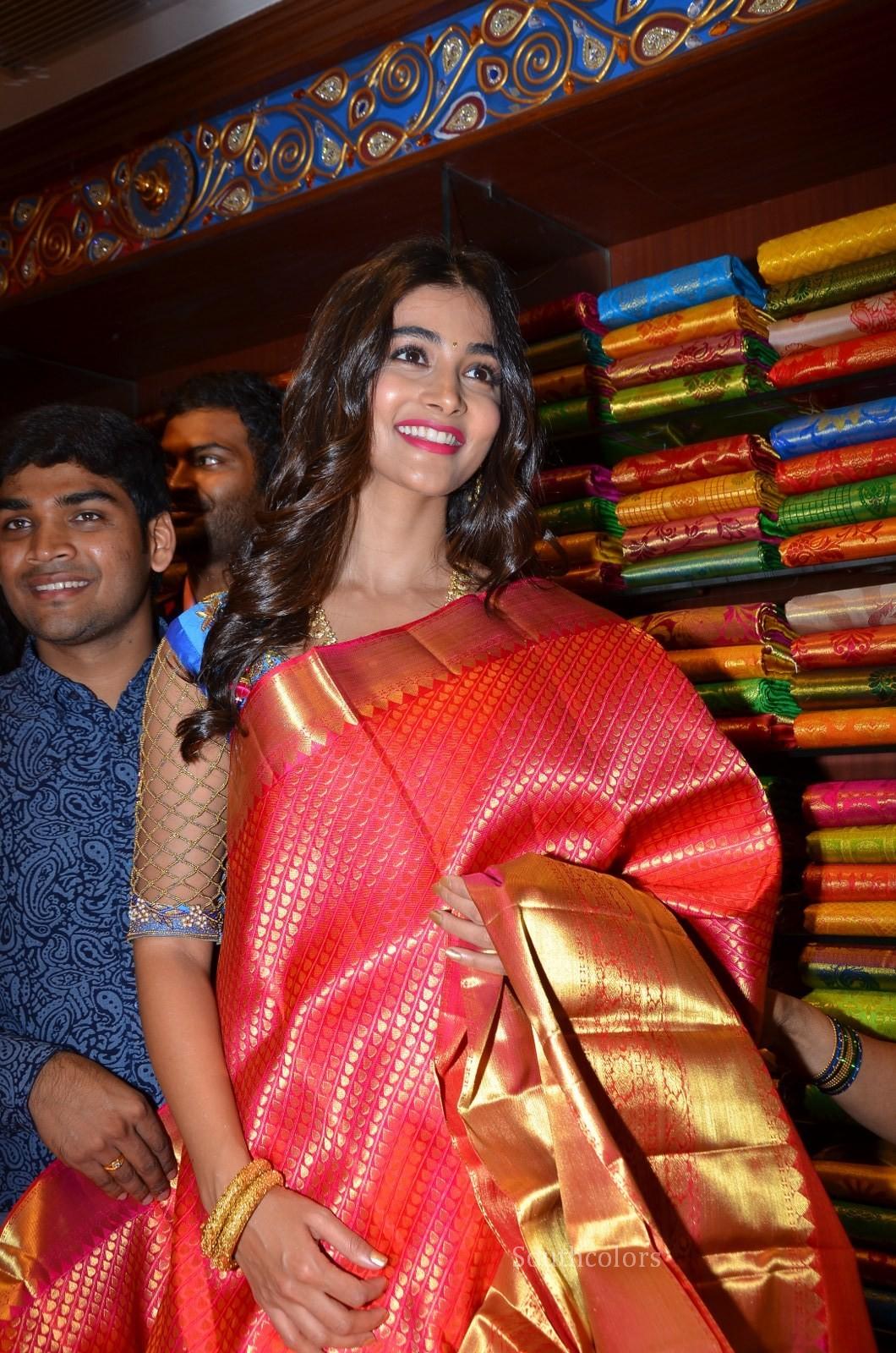 pooja hegde traditional saree photos southcolors 38