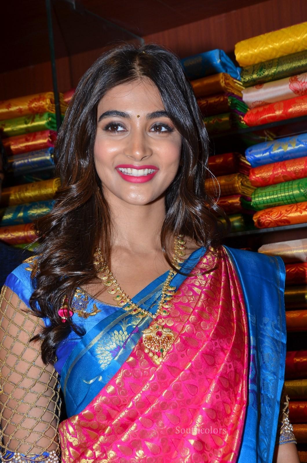 pooja hegde traditional saree photos southcolors 39