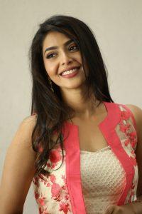 actress aishwarya lakshmi photos southcolors 1