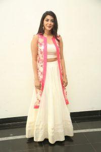 actress aishwarya lakshmi photos southcolors 10
