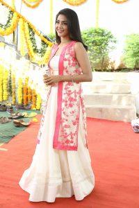 actress aishwarya lakshmi photos southcolors 16