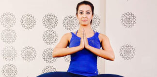 Sanjana Galrani Shared Hot Yoga Pose