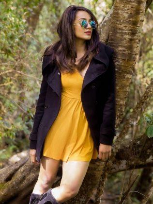 actress tejaswi madivada hot photoshoot southcolors 17