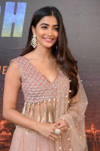 actress pooja hegde stills at sakshyam movie first look motion poster launch 18