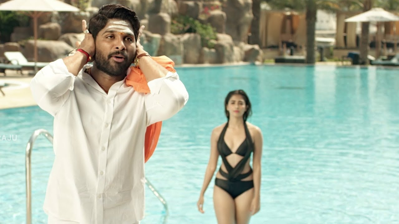 Pooja Hegde Swimming Pool Scene From DJ Duvvada Jagannadham