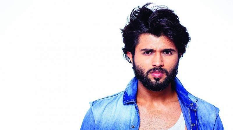 Vijay Devarakonda All Set To Make Tamil Debut
