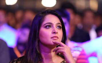 Actress Anushka Shetty To Quit Films
