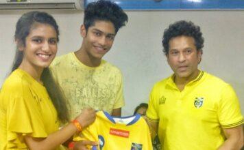 Priya Prakash Varrier Met Sachin Tendulkar at ISL Match