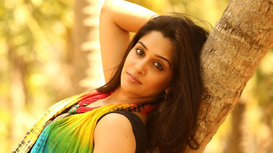 Television Actress Dipika Kakar Make Bollywood Debut with Paltan