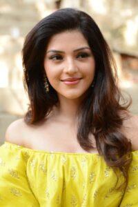 actress mehreen pirzada yellow dress latest photos 2018 10