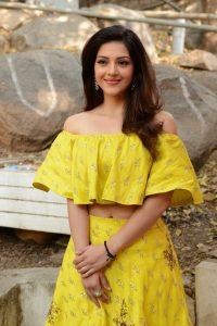 actress mehreen pirzada yellow dress latest photos 2018 2
