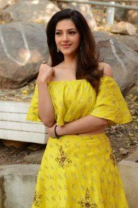 actress mehreen pirzada yellow dress latest photos 2018 4