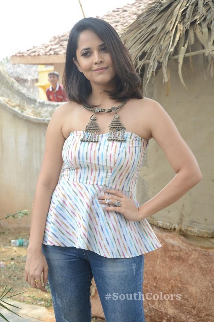 anchor anasuya latest photos rangasthalam movie release press meet 7