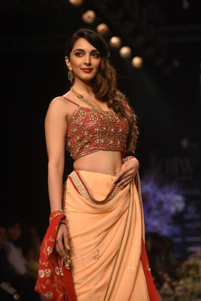 Actress Kiara Advani Latest Hot Photoshoot 2018