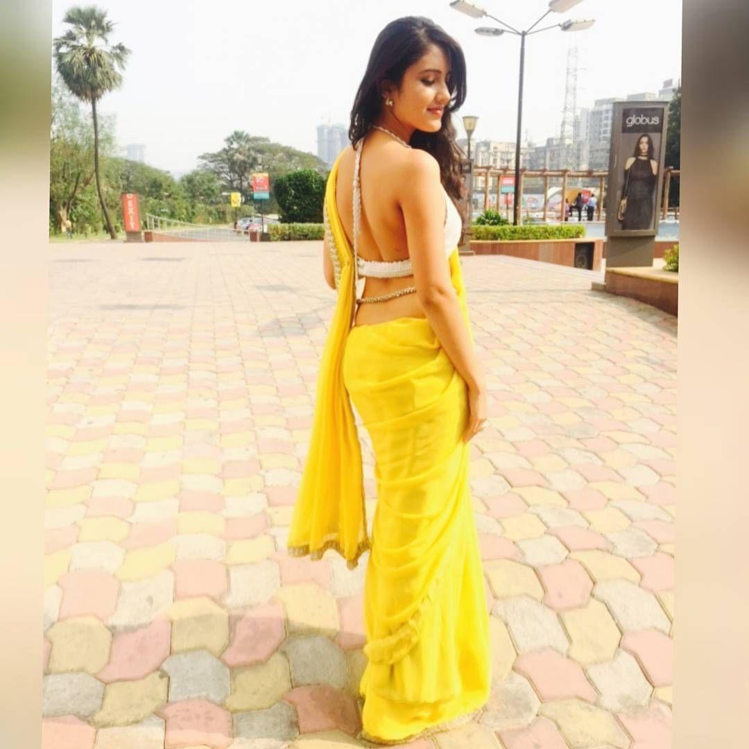 actress malavika sharma hot photos southcolors 1