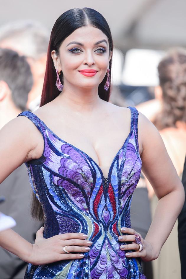 aishwarya rai bachchan hot photos at cannes film festival 2018 19