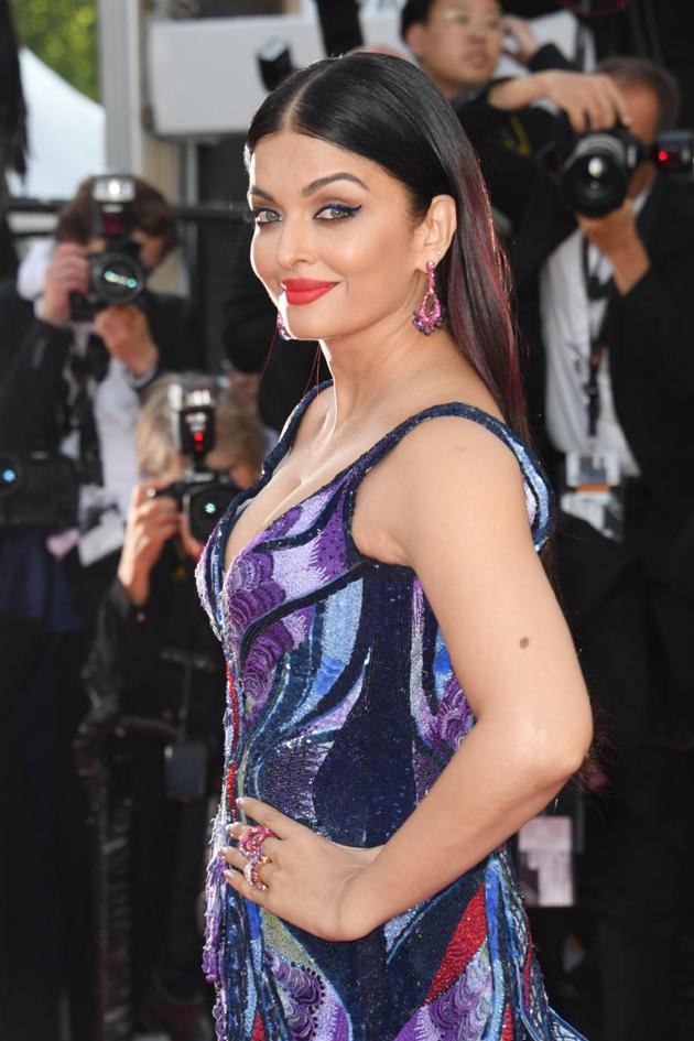 aishwarya rai bachchan hot photos at cannes film festival 2018 9