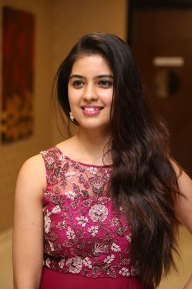 amritha aiyer latest photos at kasi movie pre release event 6