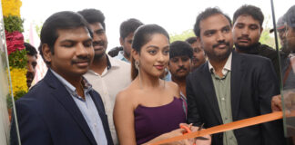 Anu Emmanuel Photos at Happi Mobiles Store Launch