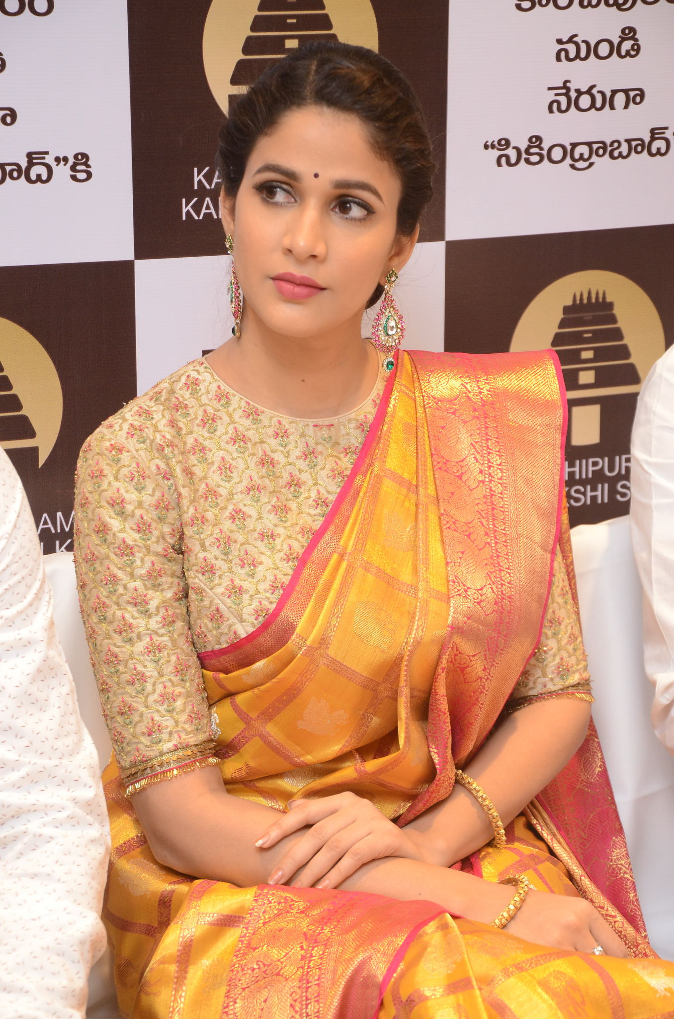 lavanya tripathi saree stills at kancheepuram kamakshi silks launch 16