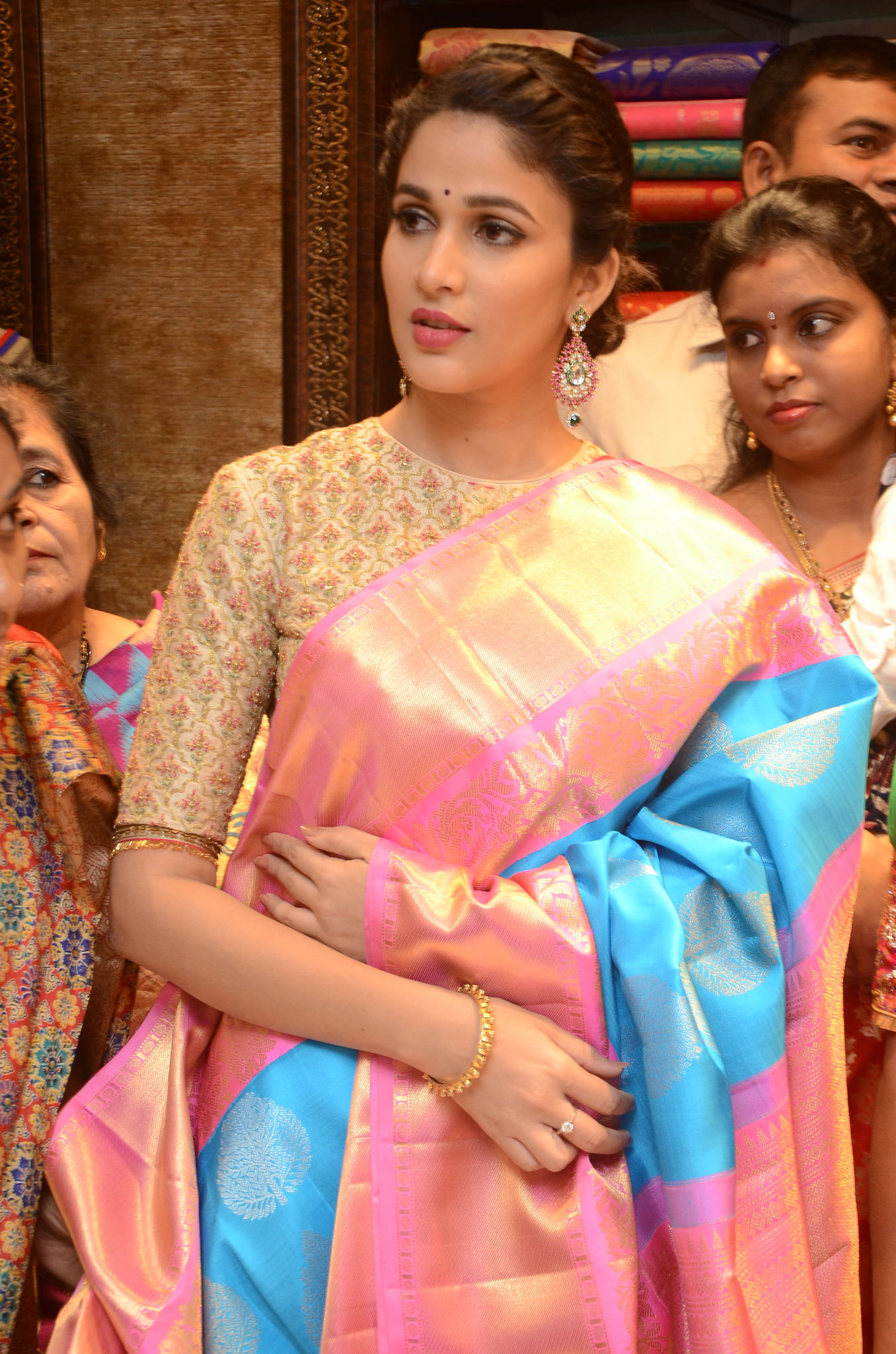 lavanya tripathi saree stills at kancheepuram kamakshi silks launch 6