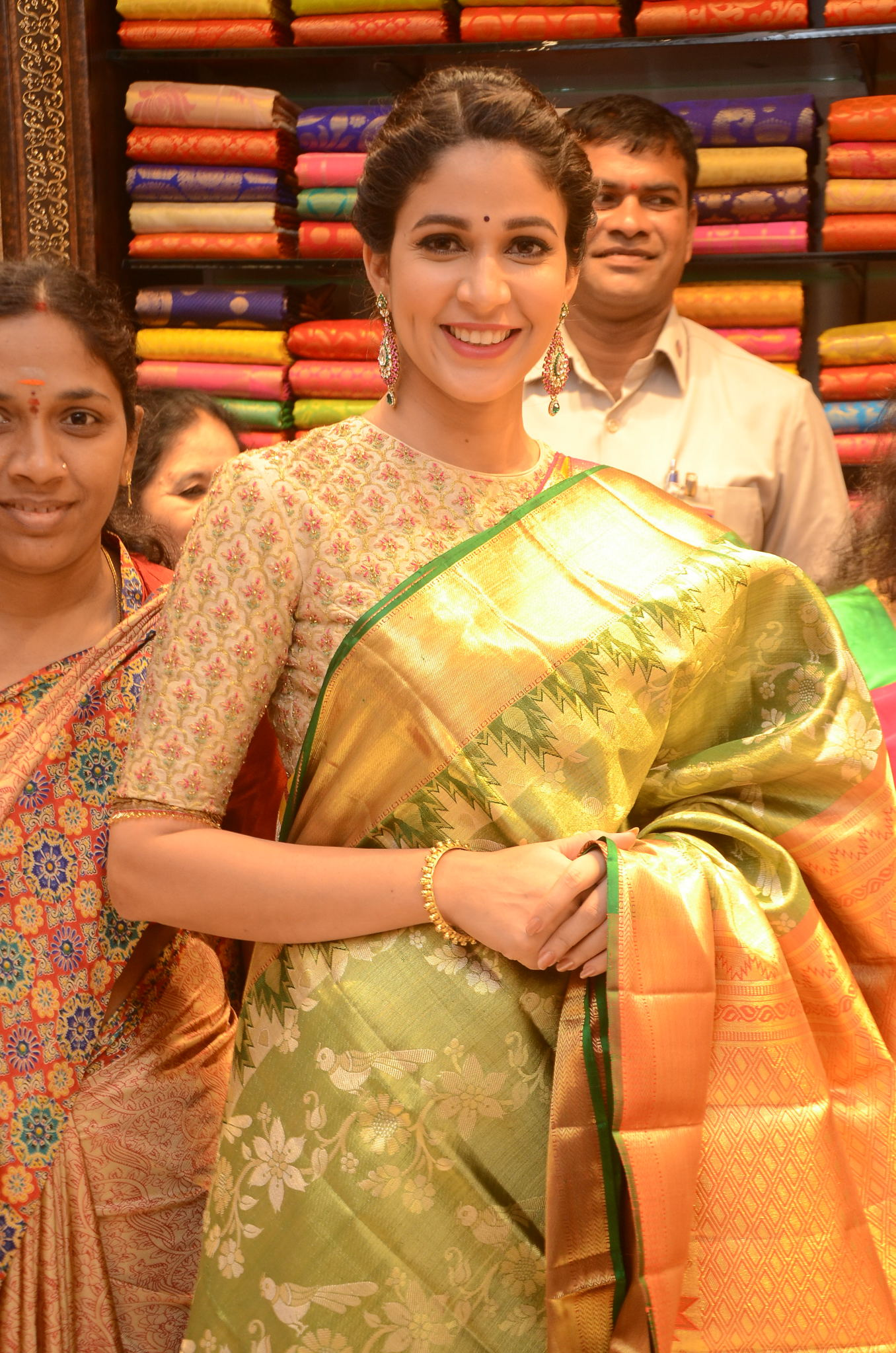 lavanya tripathi saree stills at kancheepuram kamakshi silks launch 9